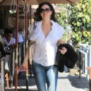 Sofia Milos Grabs Lunch in Beverly Hills - 428 x 600