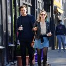 Saoirse Ronan and Jack Lowden – Out for a stroll and breakfast in London - 454 x 537