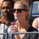 Brooklyn Decker - Watching Andy Roddick Play Tennis At The US Tennis Open - August 30, 2010 - 454 x 568