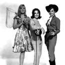 Leslie Parrish, Mary Ann Mobley, Gila Golan - 454 x 566