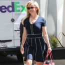 Reese Witherspoon Leaving her office after work in Beverly Hills