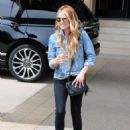 Cat Deeley shopping at Barney's New York in Beverly Hills - 454 x 605