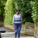 Davina McCall – Jog in a country park in Kent - 454 x 650