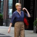 Michelle Williams at the 'After The Wedding' set in Manhattan - 454 x 763