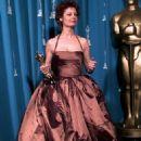 Susan Sarandon At The 68th Annual Academy Awards (1996) - 454 x 681