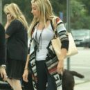 Ashley Tisdale was spotted shopping with Hilary and Haylie Duff this past Sunday, September 25, in Los Angeles - 359 x 600