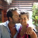 He's still got it! 90210's Luke Perry, 47, shows off sculpted physique on holiday in Bora Bora