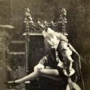 Sarah Bernhardt - 402 x 571