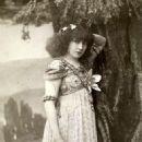 Sarah Bernhardt - 453 x 607