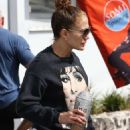 Jennifer Lopez – Exits the gym in Miami