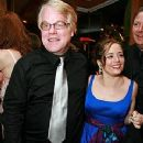 Mimi O'Donnell and Philip Seymour Hoffman - 240 x 320