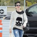 Krysten Ritter – Leaves the Access Specialty Animal Hospital in Culver City - 454 x 651