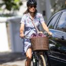 Pippa Middleton in Summer Dress – Out in London - 454 x 681