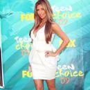 Kim Kardashian - 2009 Teen Choice Awards 08-09-09