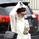 Anne Hathaway In Leggings Out In Los Angeles