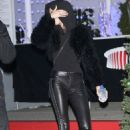 Kendall Jenner Dashes out of KROQ's Almost Acoustic Christmas early in Inglewood - 454 x 681