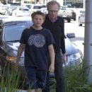 Larry King - 417 x 594