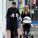 Nicole Richie & Joel Madden Taking Out Daughter Harlow In Glendale, CA 2008-05-09 - 454 x 507