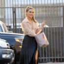 Chrishell Stause – Look amazing at the DWTS Studio in Los Angeles