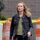 Diane Kruger in Skinny Black Leather Pants – Los Angeles 9/21/2016 - 454 x 665