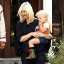 Gwen Stefani and sons