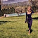 Rosie Huntington-Whiteley - Harper's Bazaar Magazine Pictorial [Australia] (October 2016) - 454 x 395