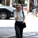 Carey Mulligan out in New York - 454 x 656