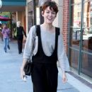 Nora Zehetner - Heading To A Medical Building In Beverly Hills, 21 March 2010