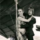 Carrie Fisher and Mark Hamill in Star Wars: Episode VI - Return of the Jedi  (1983) - Behind the Scenes - 454 x 572