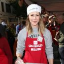 Amanda Crew – LA Mission's Thanksgiving Dinner in Los Angeles 11/23/ 2016 - 454 x 646