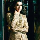 Karisma Kapoor - Hello! Magazine Pictorial [India] (October 2013) - 450 x 720