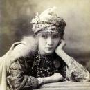 Sarah Bernhardt - 442 x 598