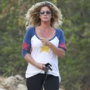 Rachel Hunter At Runyon Canyon