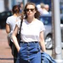 Gillian Jacobs Out and About in Beverly Hills 07/27/2016 - 454 x 615