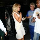 Pamela Anderson Stops To Sign Autographs In New York City 2008-07-30