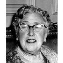 Agatha Christie - 421 x 537