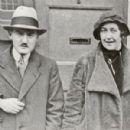 Agatha Christie - 300 x 300