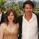 Kelly Macdonald and Josh Brolin