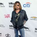 Billy Ray Cyrus - 454 x 682