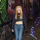 Suki Waterhouse – American Eagle Celebrates NYFW With Ne(X)t Level Fall Jeans Party in NY