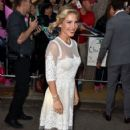 Elsa Pataky- Premiere of Universal Pictures' 'The Huntsman: Winter's War' - Red Carpet