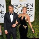 Ryan Reynolds and Blake Lively : 74th Annual Golden Globe Awards