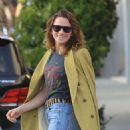 Shantel VanSanten – Grabs lunch in Beverly Hills