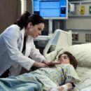 Saving Hope (2012) - 454 x 301