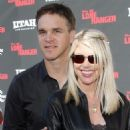 Stacey Toten and Luc Robitaille - 454 x 585