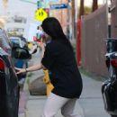 Ariel Winter – Running errands in Los Angeles
