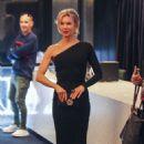 Renee Zellweger – 'Judy' Premiere in Melbourne - 454 x 689