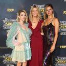 Kaitlin Olson – 'It's Always Sunny In Philadelphia' Premiere in Hollywood - 454 x 665