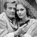Roger Moore and Lois Chiles - 338 x 450