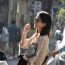 Sunny Leone out and about in Juhu – Mumbai - 454 x 680